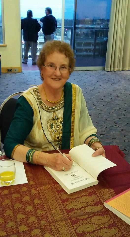 ab-book-signing-saffron